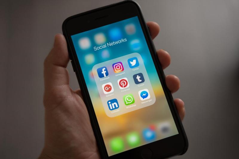 Mobile Social Networks 2019