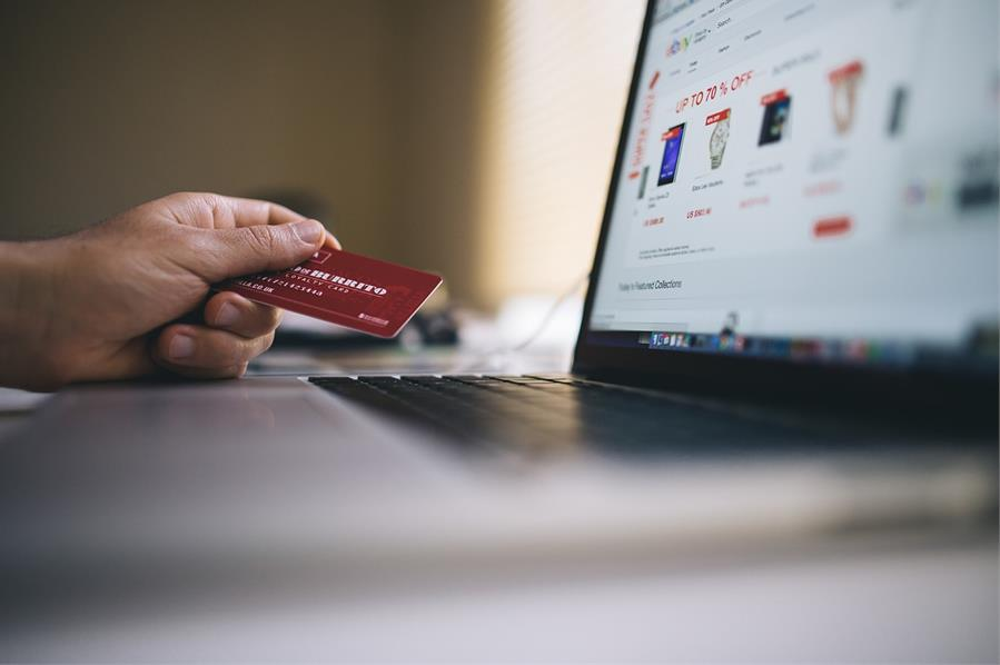 4 Ecommerce Tips for Getting Ahead of the Competition