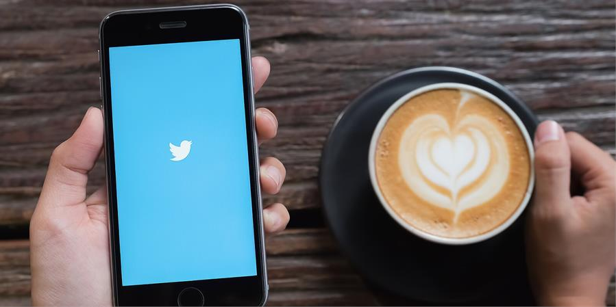 The Ultimate Guide to Use Twitter for Business Success in 2019