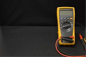 How to test a capacitor with a digital multimeter